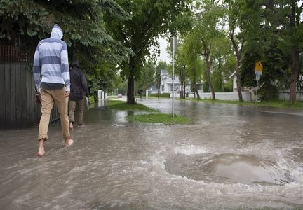 Calgary storm for web 11